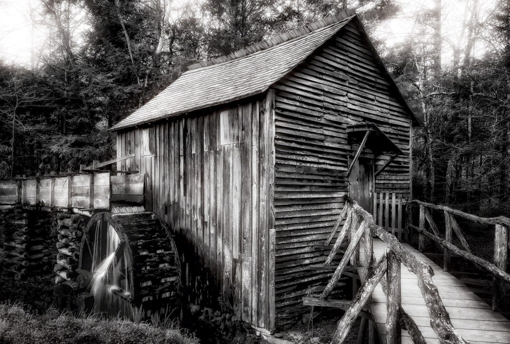 The Grist Mill: Cades Cove